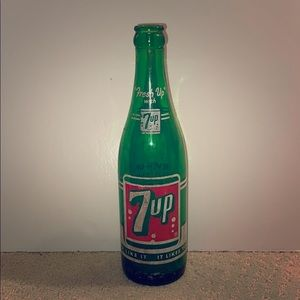 Extremely Rare & Vintage 1958 7up Glass Bottle